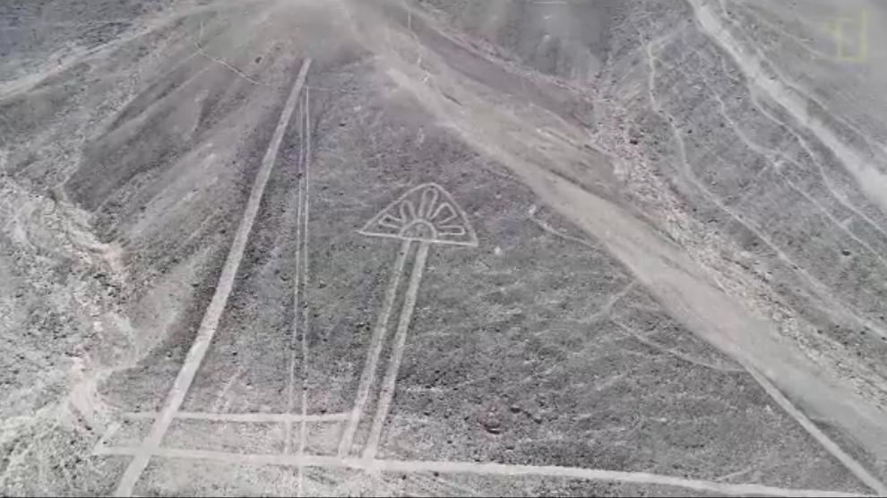 Il video dei giganteschi geoglifi scoperti nel deserto del - In diversi paesi aiutano gli studenti universitari ...